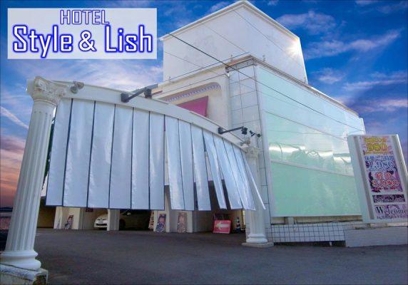桂離宮から6km、東福寺まで7km、清水寺まで9km、伊丹空港(大阪国際空港)まで30kmです。