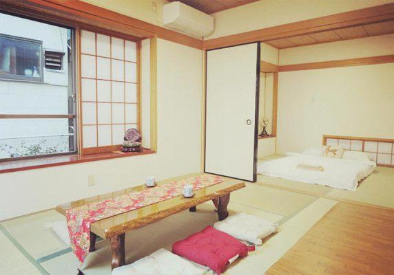 キキ ハウス 1は東京にある庭付きのホームステイで、東京スカイツリーから4.3kmです。荷物預かりを利用できます。